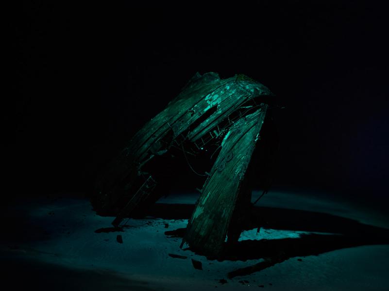 http://www.localf11.ch/baptiste-coulon/files/gimgs/114_shipwreck-17.jpg
