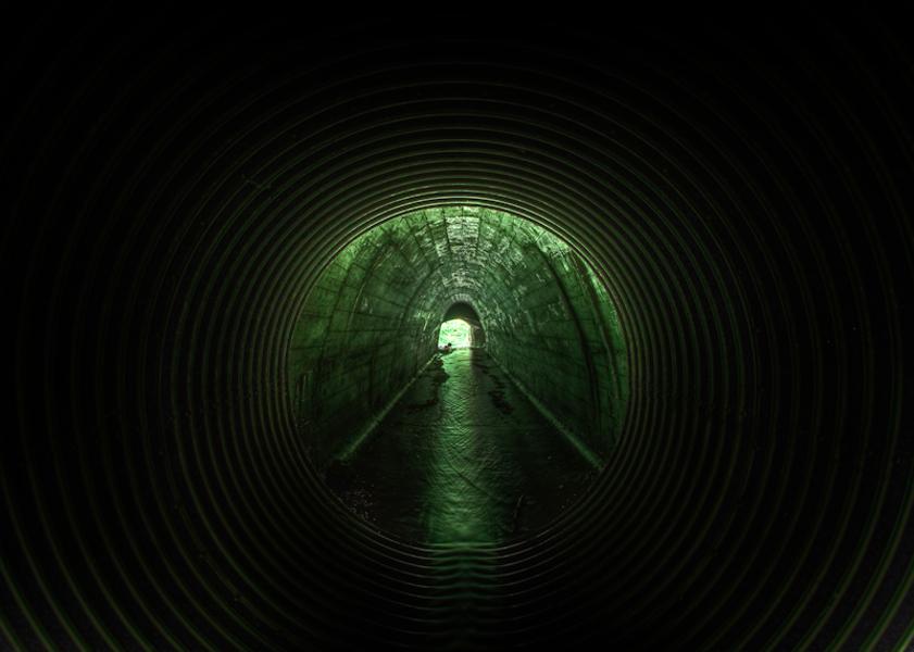http://www.localf11.ch/baptiste-coulon/files/gimgs/14_tunnel007.jpg