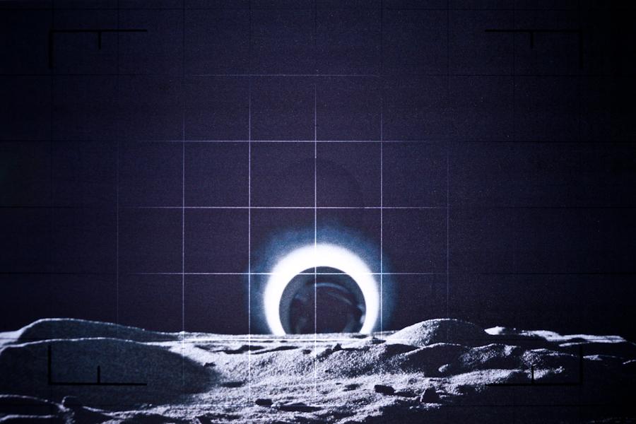 http://www.localf11.ch/baptiste-coulon/files/gimgs/76_lunar-6.jpg