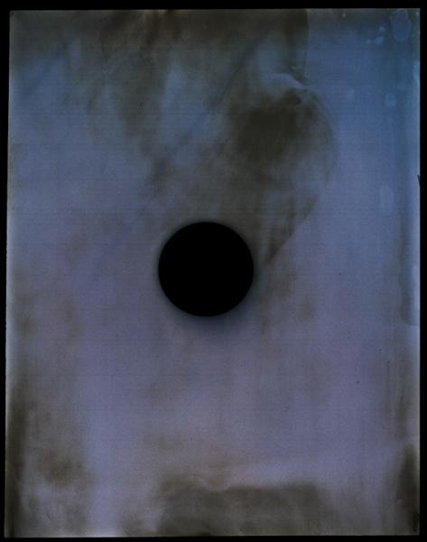 http://www.localf11.ch/baptiste-coulon/files/gimgs/7_blackhole-3.jpg